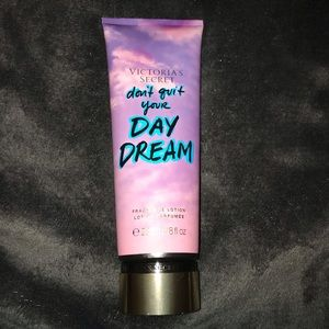 Victoria's Secrete Don't quit your DayDream lotion